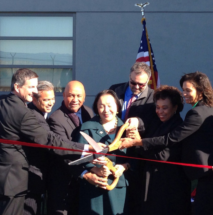 BTCA Secretary-Treasurer Andreas Cluver joined FAA officials, Rep. Barbara Lee, Oakland Mayor Jean Quan and other dignitaries to cut the ribbon at the dedication ceremony.