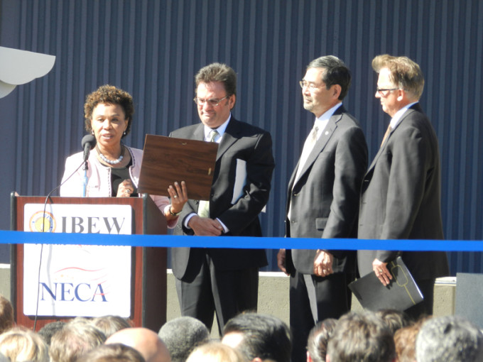 Congresswoman Barbara Lee presented a Resolution from Congress to Byron Benton, Training Director for Alameda County's JATC; Victor Uno, IBEW 595 Business Manager; and Don Campbell, NECA's Northern California Chapter Executive Director.